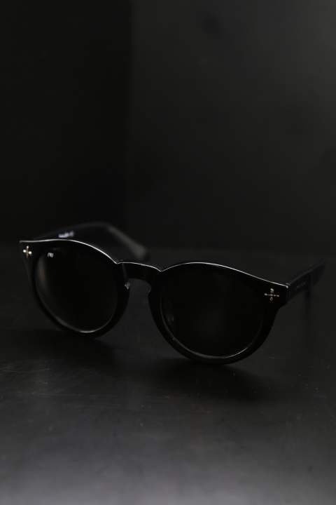 "SUNGLASSES ""TYPE FOUR"""
