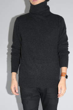TURTLE NECK KNIT Charcoal